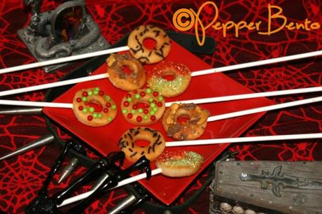 Pepper's Baked Halloween Mini Doughnut Pops U
