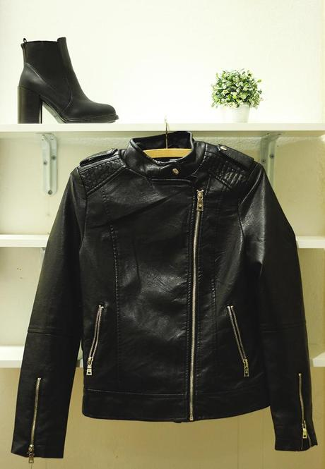 New In | QuizClothing leather jacket & Oasap boots