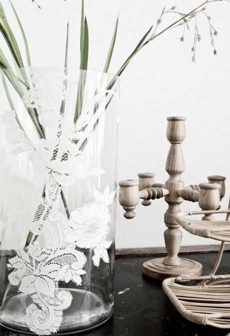 8 Easy ways to turn a glass vase into a stunning wedding centerpiece
