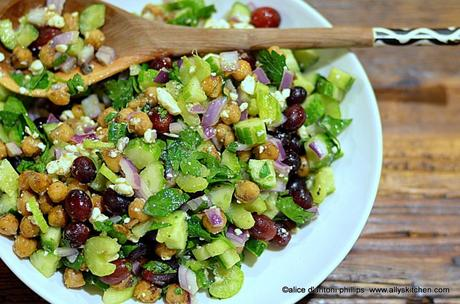 Spicy Garbanzo Beans Cucumbers Red Onions & Grapes