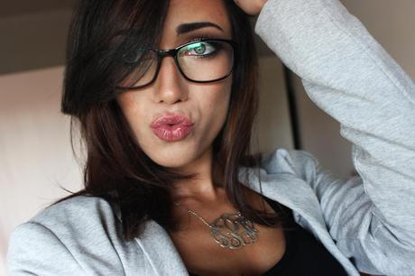 Sexy Makeup Look For Glasses