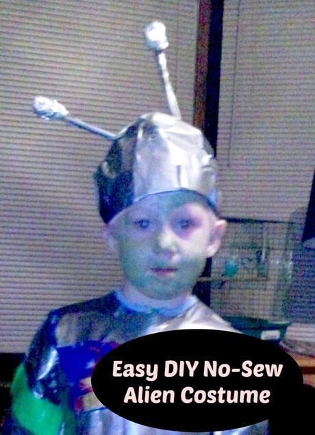 Easy DIY No-Sew Alien Costume   LazyHippieMama.com