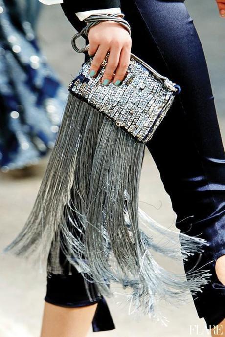 fringe-metallic-silver-clutch