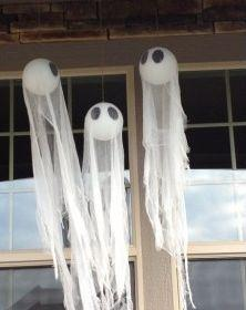halloween-hanging-ghosts