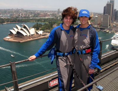 World Travellers: Stephen and Jess from Flying the Nest on Sydney Harbour Bridge