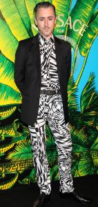 alan cumming ugly outfit 142x300 celebrity fashion