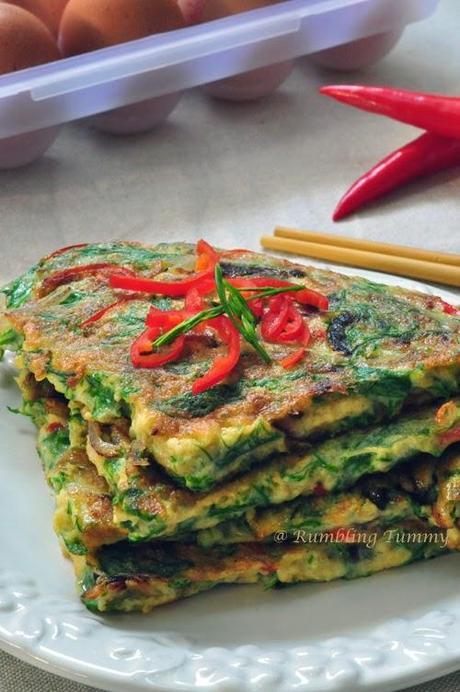 Thai Acacia Omelette ไข่เจียวชะอม Khai Jeow Cha Om