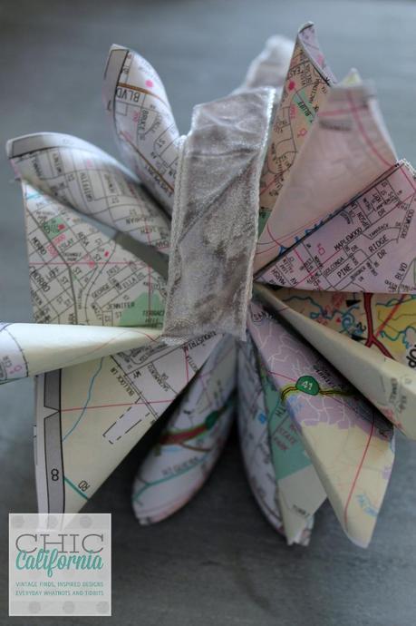 ribbon in center