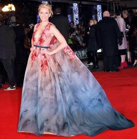 rs 634x645 141110104600 634.elizabeth banks hunger games mockingjay london premiere 111014 celebrity fashion