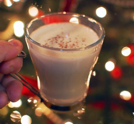 Jolly Holiday Cashewmilk Eggnog
