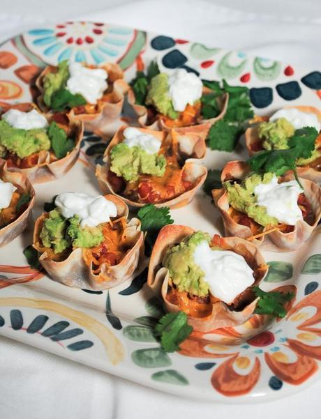 Healthy Appetizer Mexican Bean and Salsa Wonton Cups