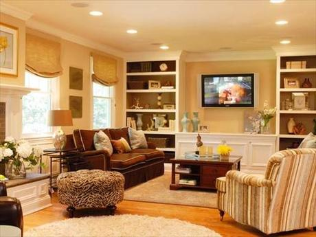 Living Room Design With Butter Yellow Colored With Gold