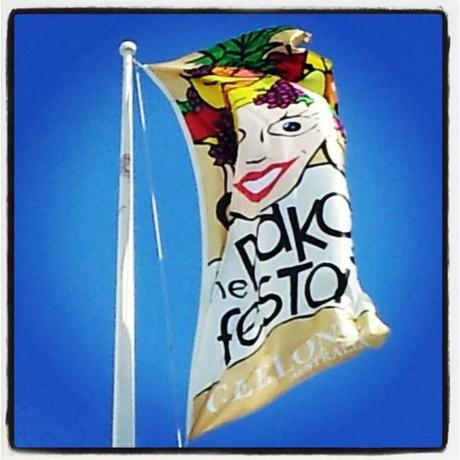 face painting pako festa flag by Simon Brushfield Face Painting and the Amazing Imagination of Children
