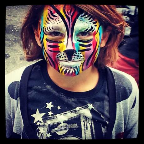 face painting rainbow tiger by Simon Brushfield Face Painting and the Amazing Imagination of Children