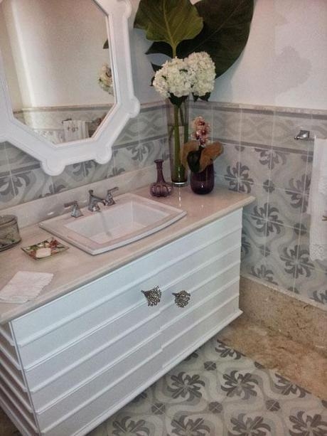 Featured Tile Flooring in the Bathroom