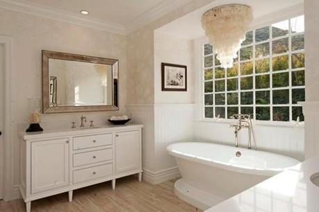 Freestanding Tub with Chandelier Overhead