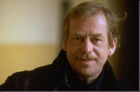 Vaclav-Havel-Smiling