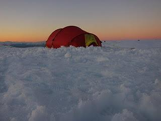 Antarctica 2011: Felicity At The Pole!