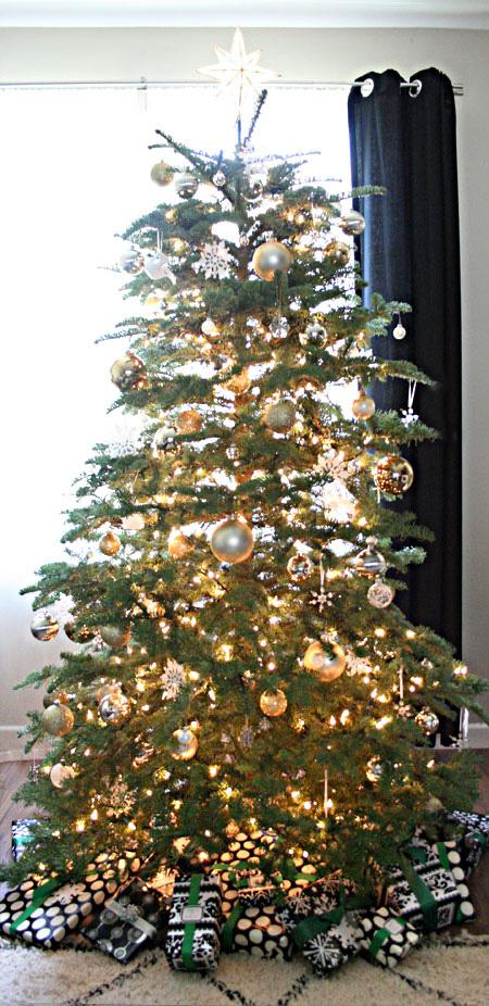 Our Holiday Decor Gold White Silver Black Green Paperblog