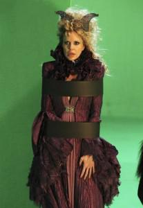 Kristin Bauer van Straten on Once Upon a Time set