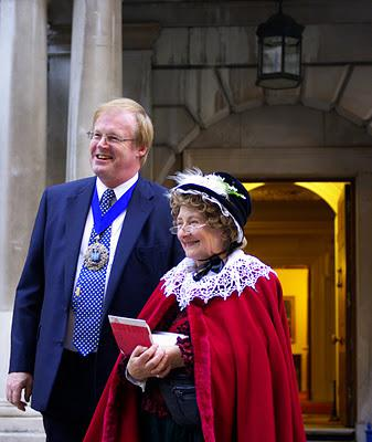 Ladies And Gentlemen We Present The Lord Mayor Of London and The Duchess Of London Walks!