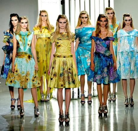 VAN GOGH: Art in Fashion