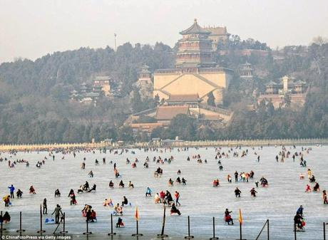 Ice and snow sculpture festival ... China's frozen lakes