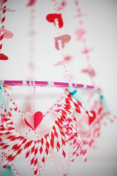 Valentine's Day pajaki chandelier
