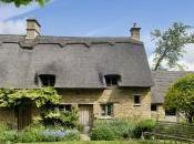 Have Tour Cotswold Villages That Includes Invitation into Private Home