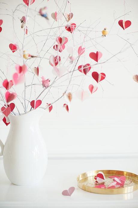 DIY Valentine's Day branch tree