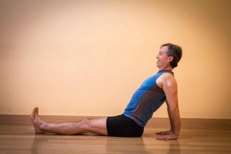 Featured Pose: Upward Plank Pose (Purvottanasana)