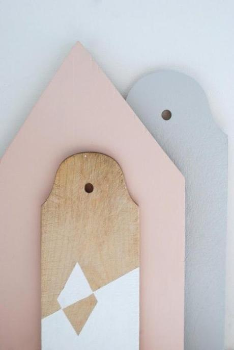 DIY-painted-bread-boards