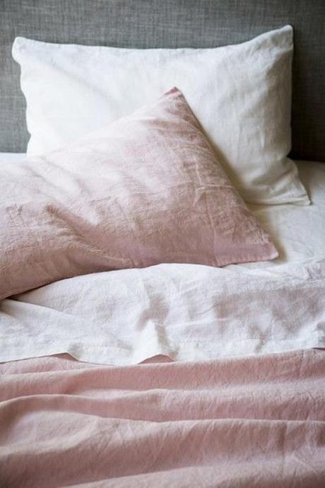 dusty-rose-and-gray-bedding