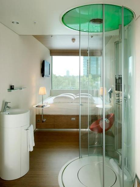citizen-m-amsterdam-shower