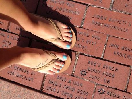 Florida-Keys-2015-Vacation-Ocean-Beach-Bay-Tropical-Islamorada-Bricks-Rainbows-Sandals-Foot-Tattoo-Wave-Blue-Nail-Polish-Essie