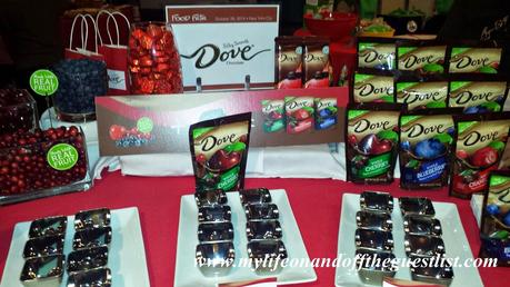 Snack Healthy Valentine's Day and Beyond w/ DOVE Fruit Dipped In Dark Chocolate