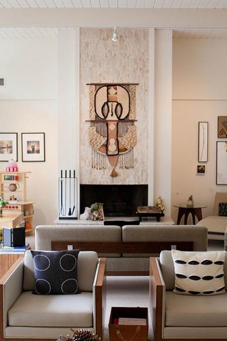 wall-hanging-design-sponge-living-room