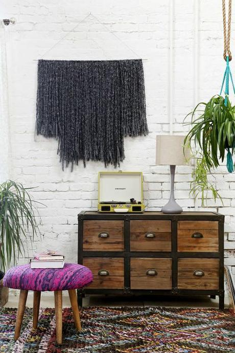 wall-hanging-sonadora-urban-outfitters