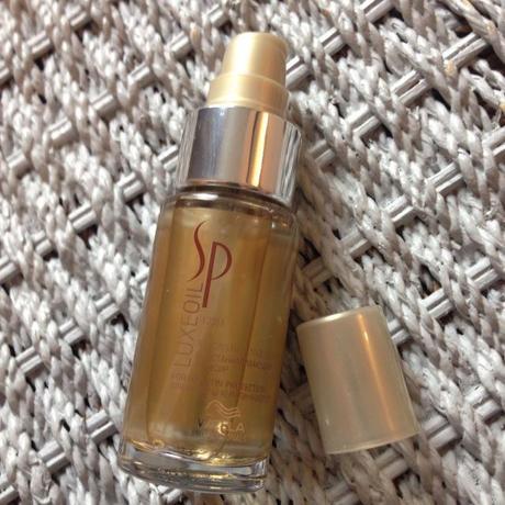 Wella Sp Luxe Oil 30ml A Reconstructive Elixir For Hair