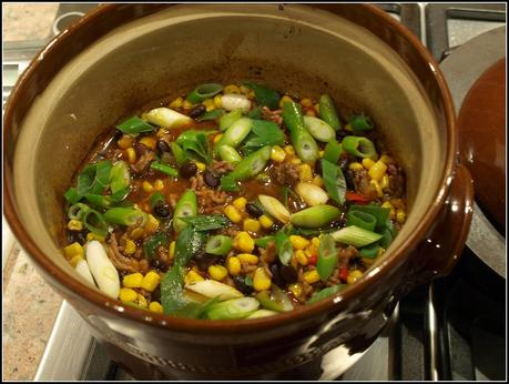 Black Bean Chilli with Corn Tortillas
