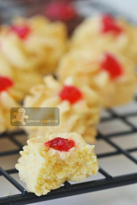 Biscuit Samprit / Biskut Ceri / Nyonya cherry cookies