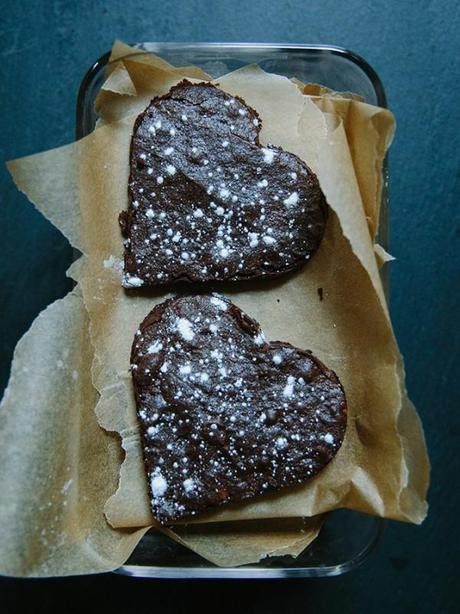 heart_shaped_brownie_cookies_valentines_day_FeedMeDearly_9