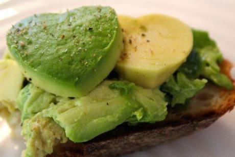 avocado hearts on toast