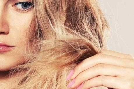 6 Top reasons that you might be suffering from brittle hair