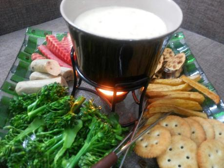 Cheese Fondue Desi Style with Pao Bhaji Masala - Get set for Valentine's Day
