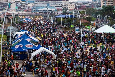 Panama Carnival crowds