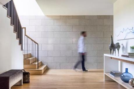 hacin-entry-hall