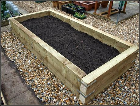 Raised Bed renewal - the finished article