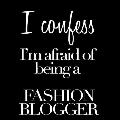 fashion blogger, #fblogger, #fashionblogger, blogger di moda, don't want to be a fashion blogger, afraid of being a blogger, afraid of being a fashion blogger, embarrassed about blogging,  fashion and travel blog, travel and fashion blog, fashion and travel blogger, travel and fashion blogger, lifestyle blogger, lifestyle fashion and travel blog, travel and fashion in italy blog, lifestyle in italy blog, italy blog, mom life in italy blog, fashion blog in italy, english blogger in italy, expat fashion blog, expat travel blogger, travel for fashion, fashion for travel, travel and fashion