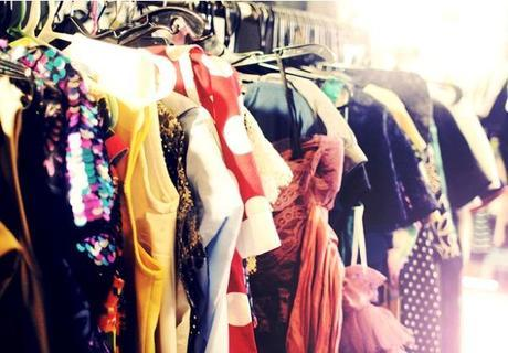 FEEL THE LOVE: 5 Reasons to Love Vintage Clothing